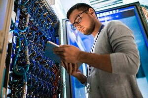 Управління серверною інфраструктурою