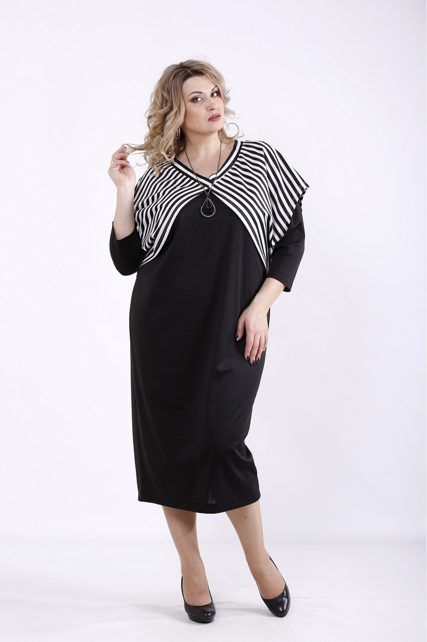 Чорне трикотажне плаття з накидкою великого розміру 42-74 01351-1