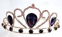 Диадема принцессы фиолетовые кристаллы на металлическом обруче, высота 5,5 см, золотистая