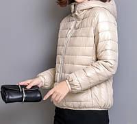 Куртка женская демисезонная стеганая с капюшоном, бежевая, размер М