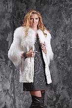 Шуба кожушок з білого тибетського ягняти і полярної лисиці SAGA