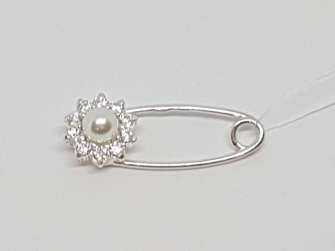 Срібна брошка-шпилька з перлами і фіанітами. Артикул 7010-9