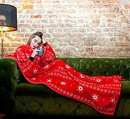 Новогодний плед с рукавами из микрофибры Красные снежинки, фото 3