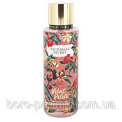 Парфюмированный спрей Victoria's Secret Velvet Petals