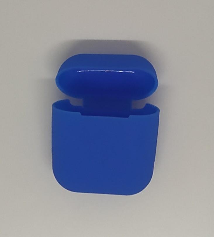 Чехол на AirPods небесно-голубой, силиконовый
