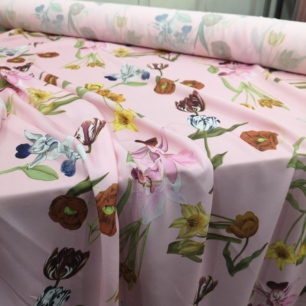 Ткань супер софт принт крупные цветы на розовом А-4