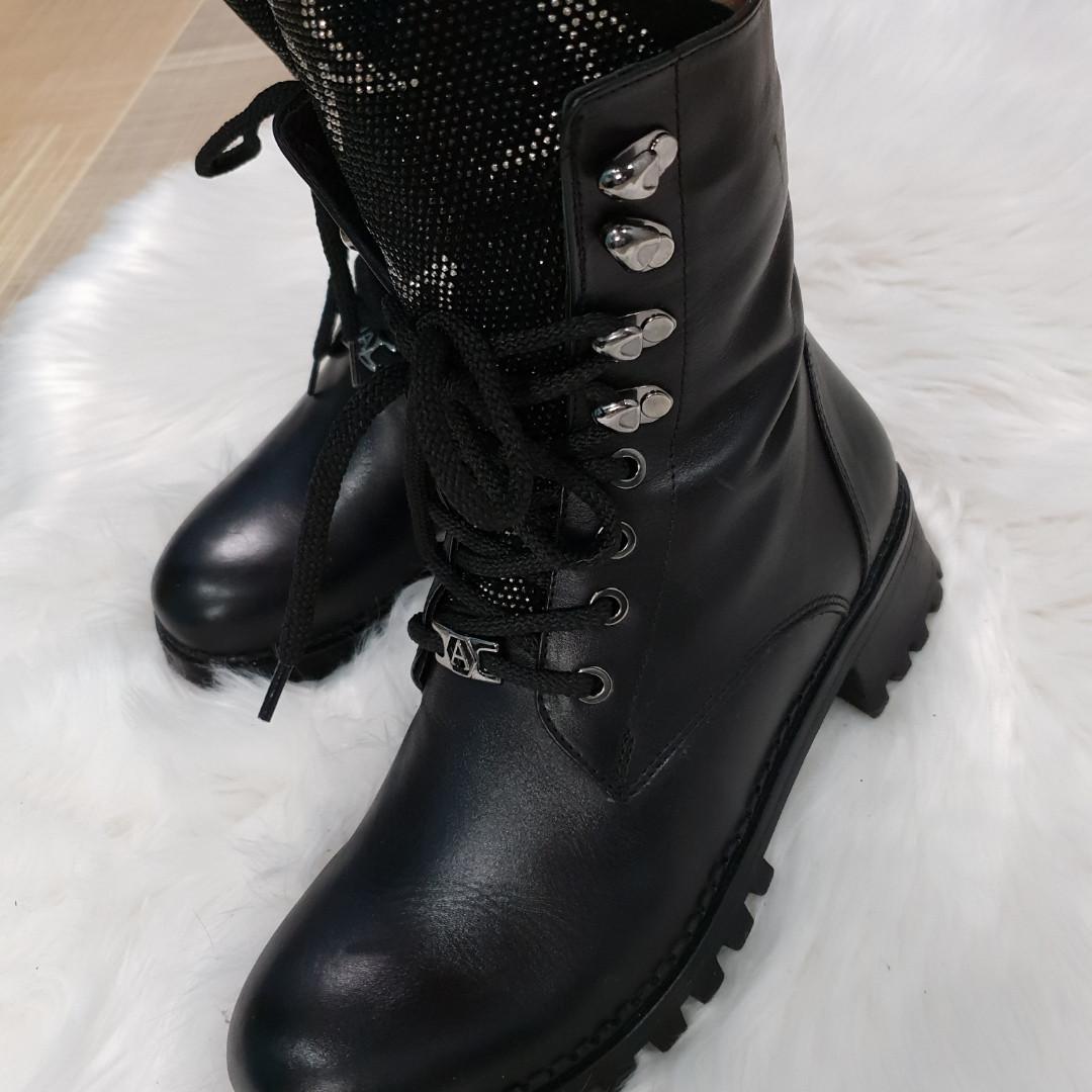 Стильные женские кожаные зимние  ботинки Alpino
