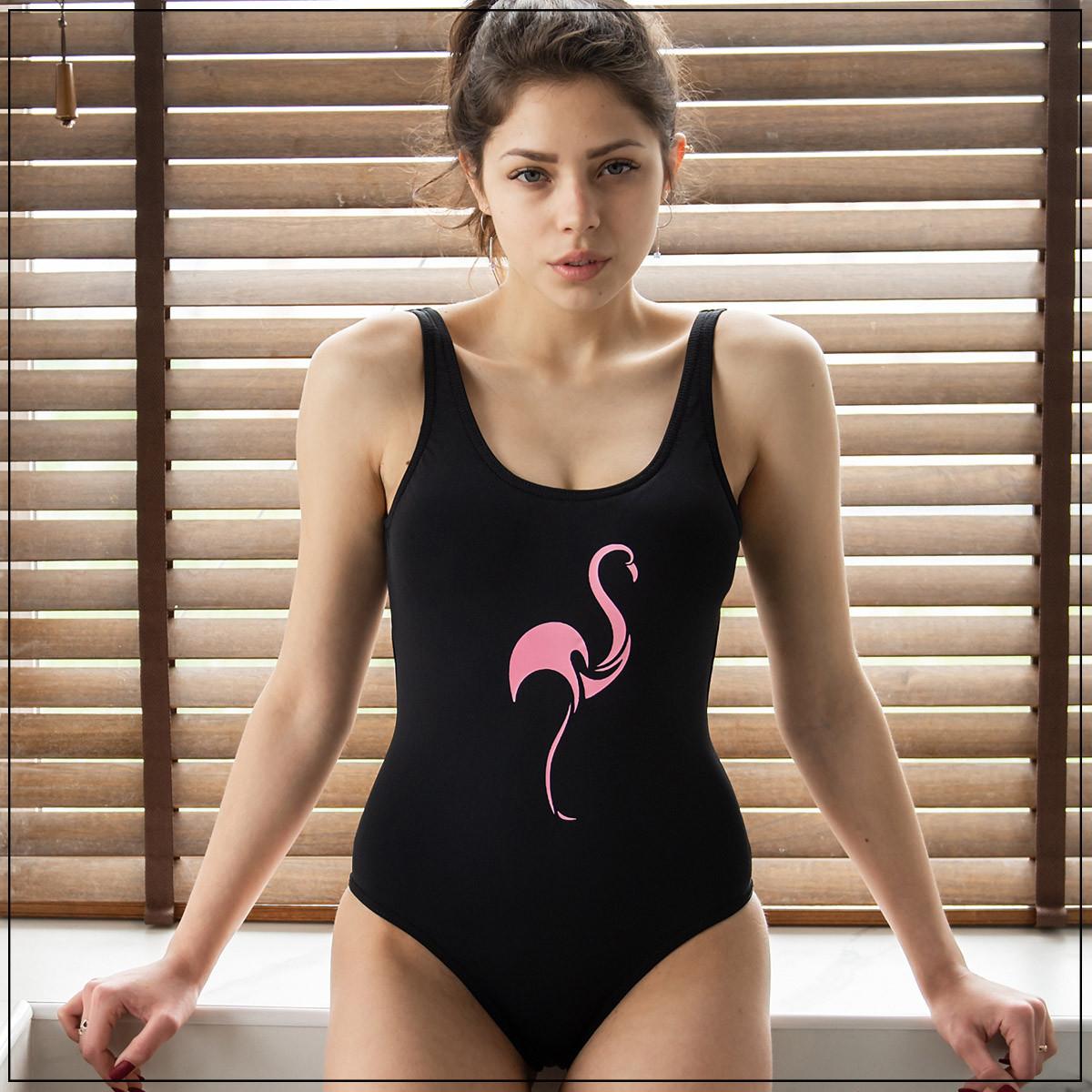 """Слитный купальник с печатью """"Фламинго"""" Черный"""