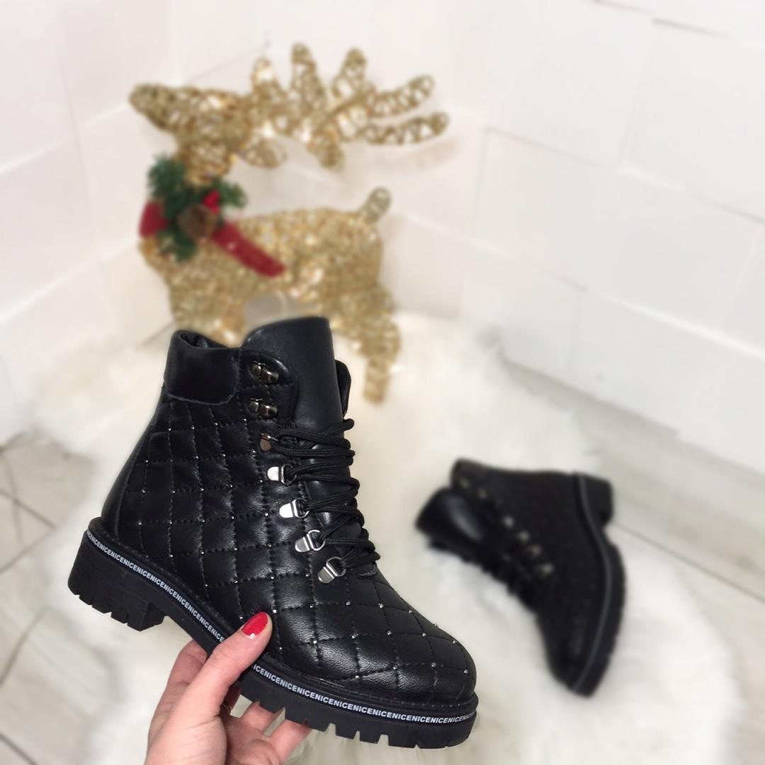 Женские зимние ботинки в черном цвете, натуральная кожа
