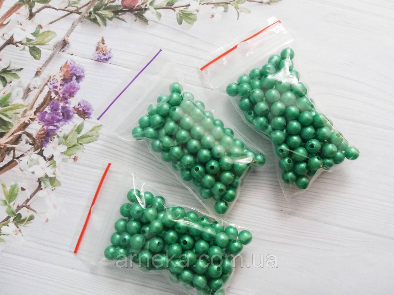 Бусины 0,6 см 10 грамм (примерно 100 шт) Зеленые
