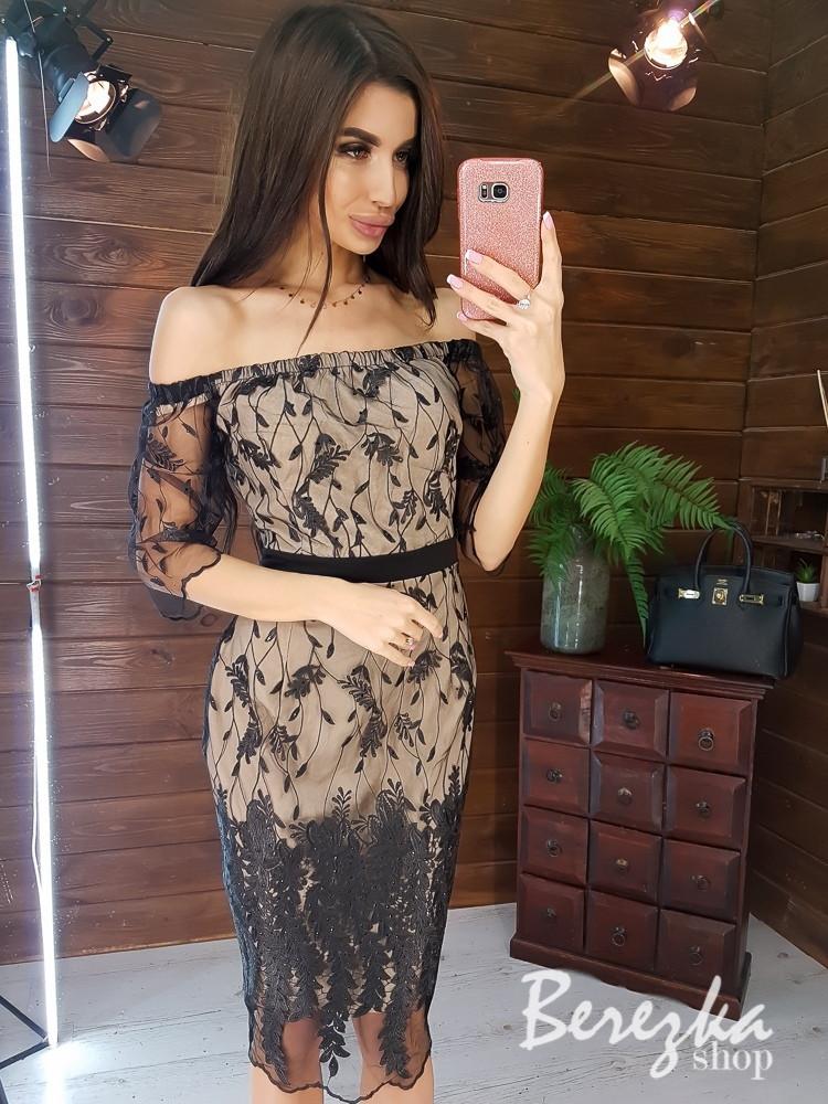 Кружевное платье с открытыми плечами и рукавом 3/4 длиной ниже колен tez6603374Q