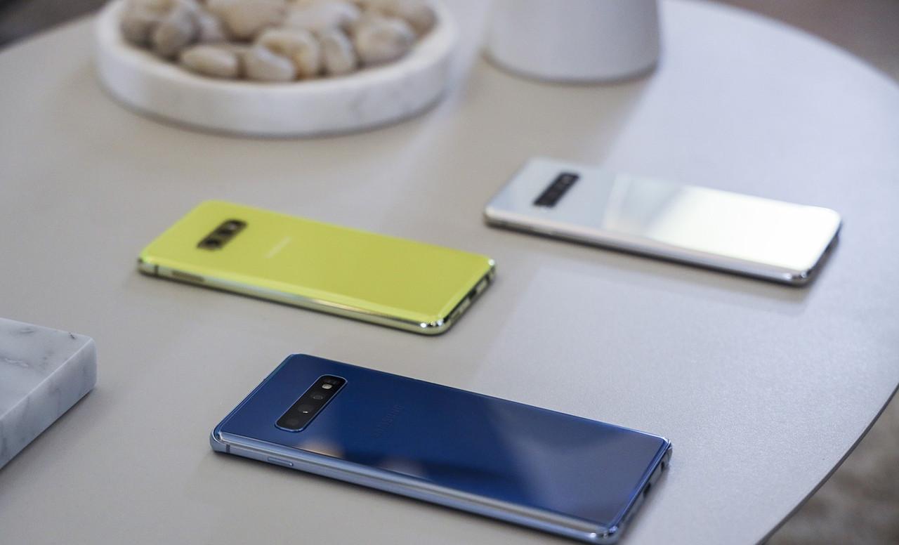 "Телефон Samsung Galaxy S10 Plus (Самсунг с10+) 6.4"" 128Gb. 12-Ядер. 4G. Реплика Корея"