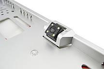 Камера заднего вида в рамке номерного знака A58 с подсветкой серебряный, фото 3