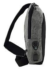 Рюкзак Antivor через плечо c защитой от карманников, с USB зарядным и портом для наушников Grey, фото 3
