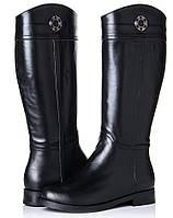 Модные зимние кожаные женские сапоги на овчине на удобном каблуке на низком ходу черные LR2287