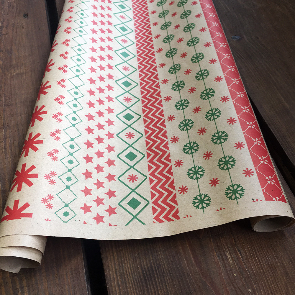 "Крафт бумага подарочная ""Снежинки орнамент"", 0.7 х 10 метров. 70 грамм/м². LOVE & home"