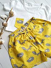 Пижама женская с футболкой и желтыми шортами Лисички