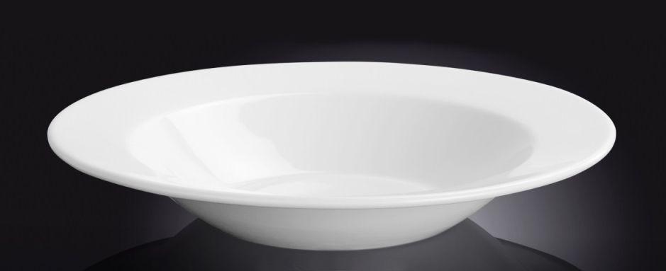 Тарелка фарфоровая глубокая Wilmax круглая белая (24 см)