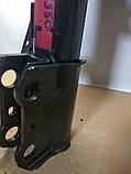 Амортизатор передний левый Lexus RX U3 03-08  Лексус, фото 4