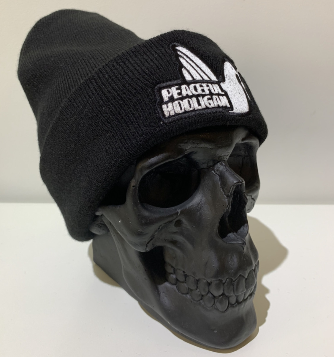 Шапка мужская Peaceful Hooligan - ❄️ Winter ❄️ Black/White