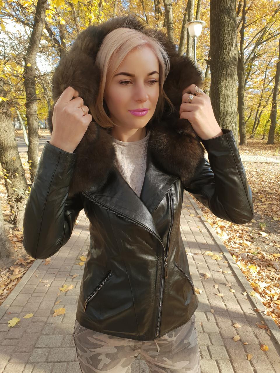 Утепленная куртка с шикарным мехом