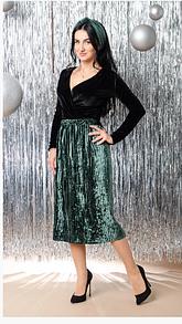 Нарядая юбка-миди извелюра в плесировку