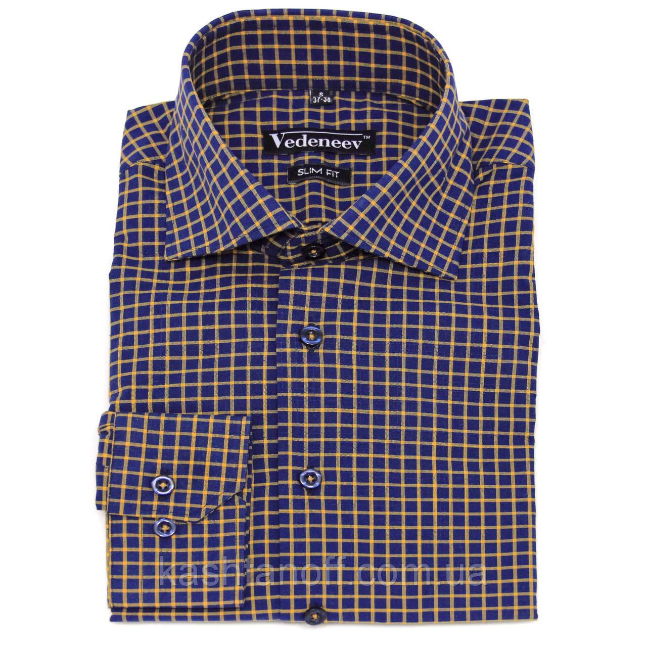 Современная мужская рубашка синего цвета в клетку желтого цвета