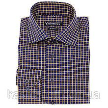 Рубашка синего цвета в клетку желтого цвета