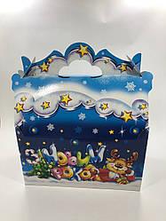 Новогодняя подарочная картонная упаковка Домик для конфет 900 грамм Олень