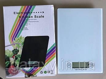 Весы кухонные стекло сенсорные электронные белые