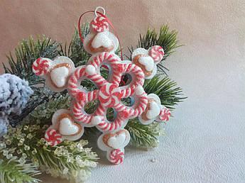 Новогодний декор - снежинка пряничная