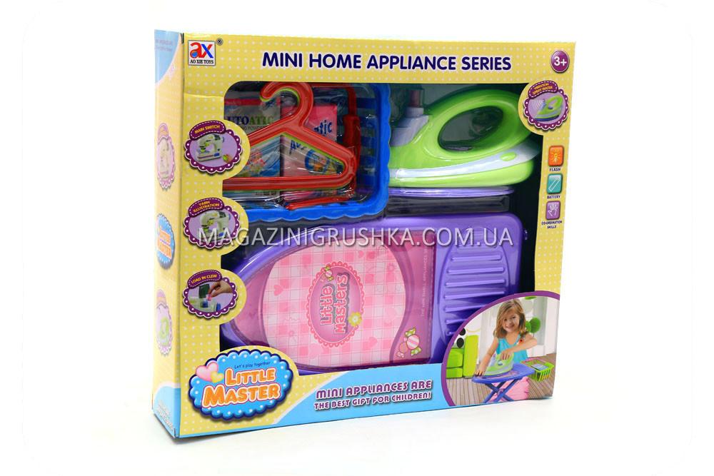 Детский игровой набор «Прачечная» (утюг, гладильная доска, корзина) 6960A