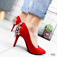 Туфли женские Casadei красные 9112 замша