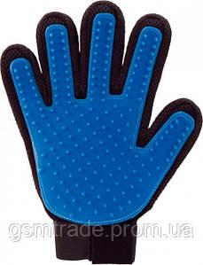 Перчатка для вычесывания шерсти True Touch Черно-синяя (R0048)