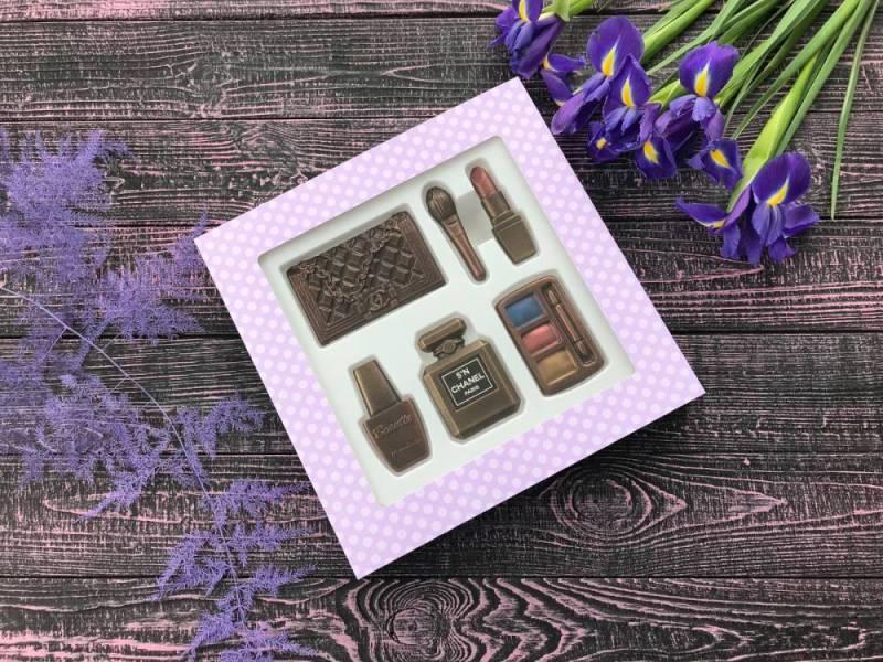 Шоколадный подарок ручной работы Шоколадная косметичка