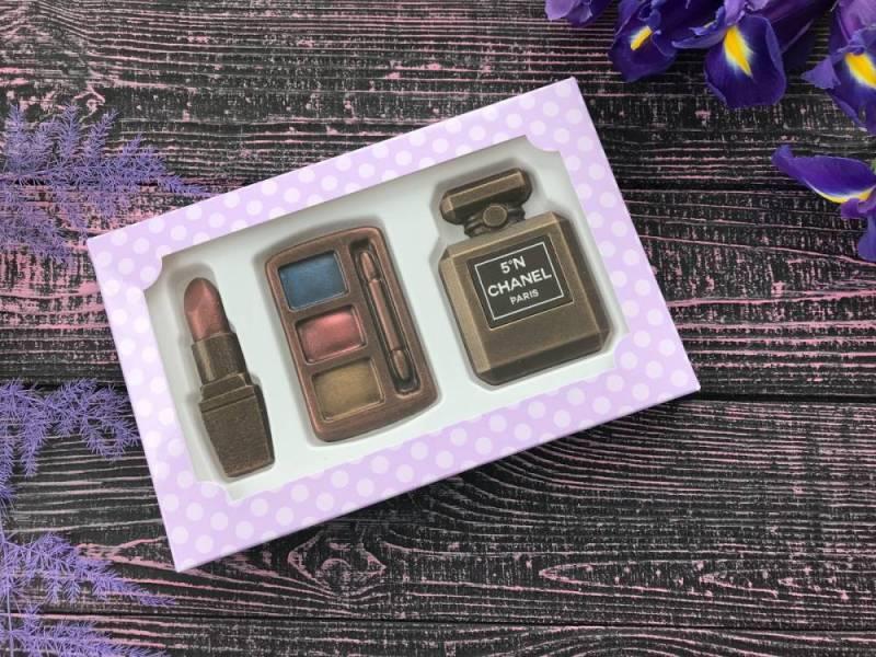 Шоколадный подарок ручной работы Шоколадная косметичка маленькая
