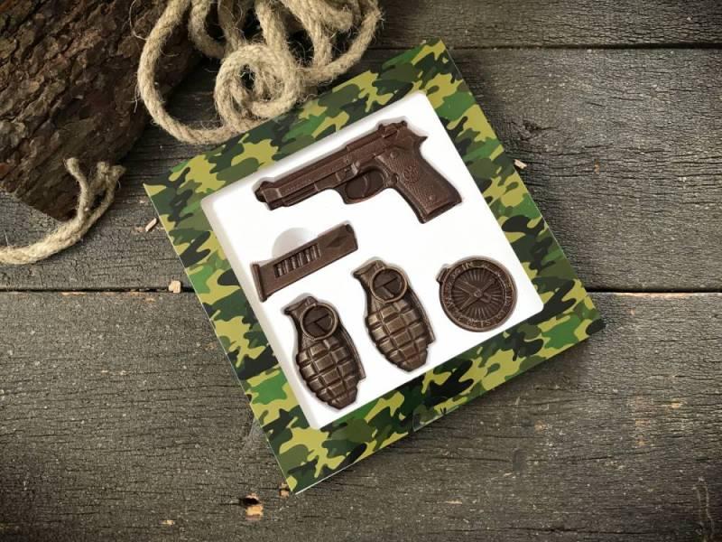 Шоколадный подарок ручной работы Шоколадный набор Пистолет и гранаты