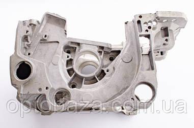 Блок правый + левый (металл) для бензопил серии 4500-5200