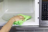 Как почистить микроволновую печь?