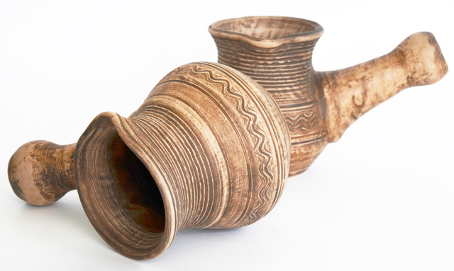 турка . Молоченая керамика