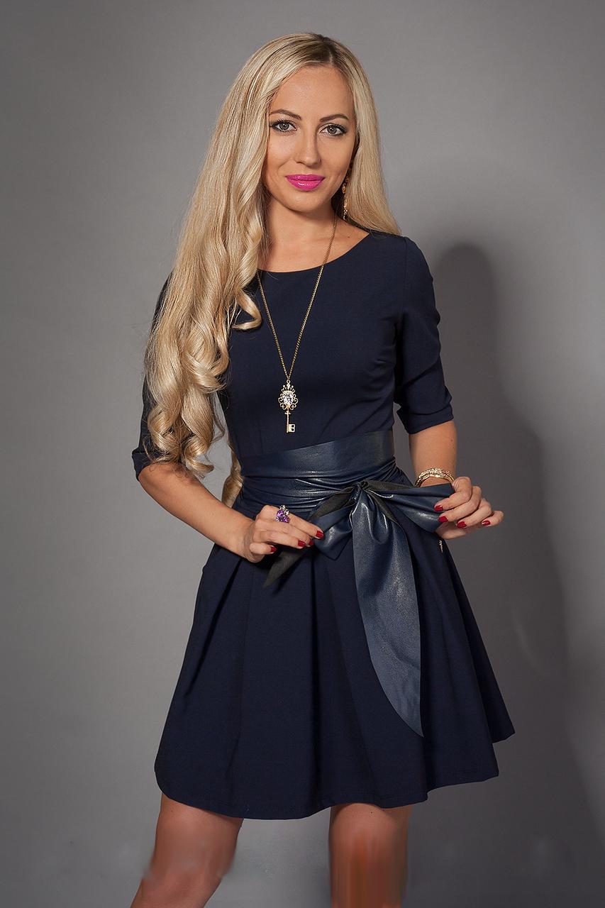 Жіноче плаття-кльош з широким поясом, розміри 42