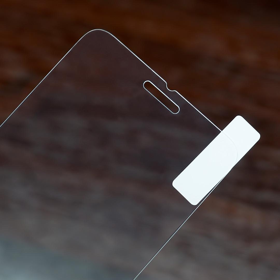 Защитное стекло 2,5D для Apple iPhone 6 / 6s