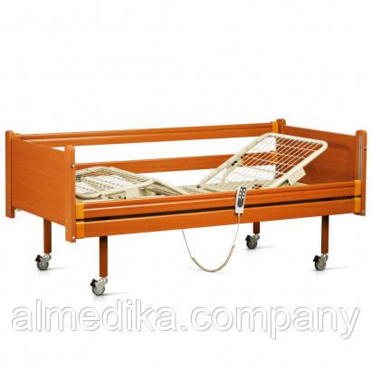 Кровать функциональная 4-секционная с электроприводом деревянная