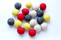 Набір шерстяних кульок Pugovichok Кольоровий мікс 16 шт SUN3946, КОД: 1014564