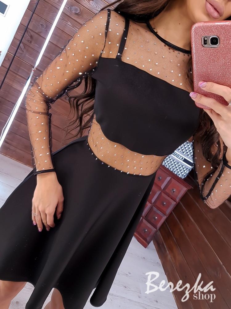Платье черное с расклешеннйо юбкой и вставками сетки на талии и рукавах 6803620Q
