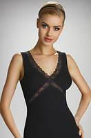 Женская бельевая майка черного цвета из хлопка, украшена кружевом. Модель Linda Eldar.