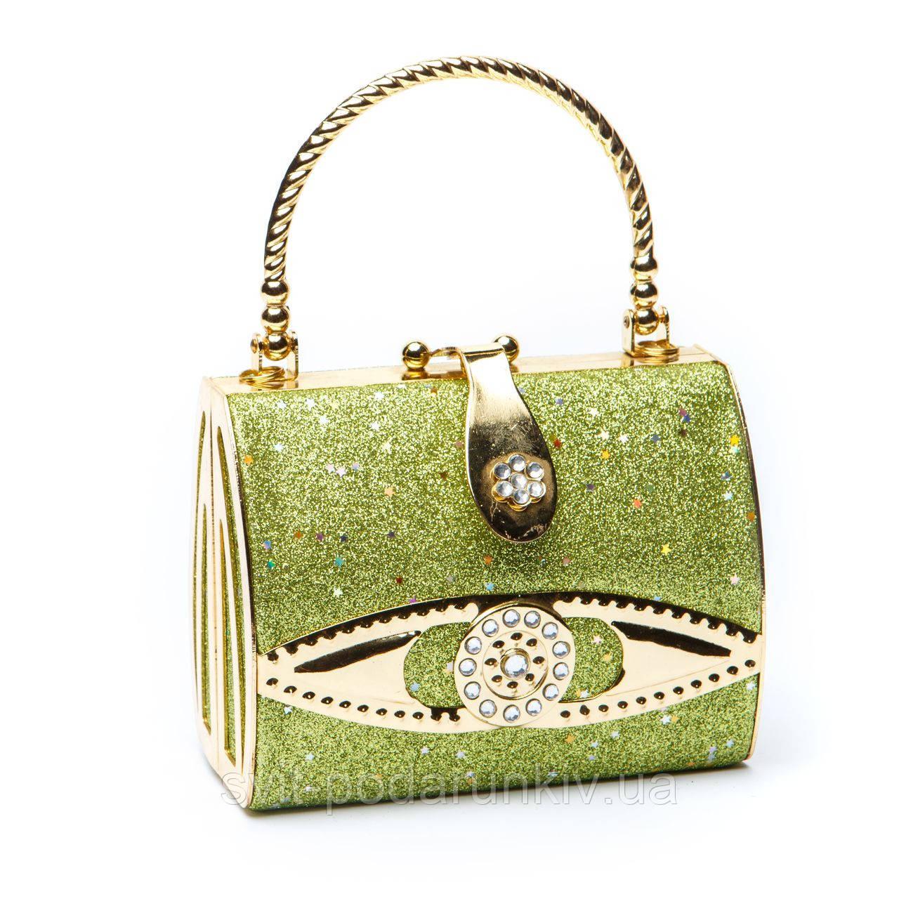 зеленый клатч