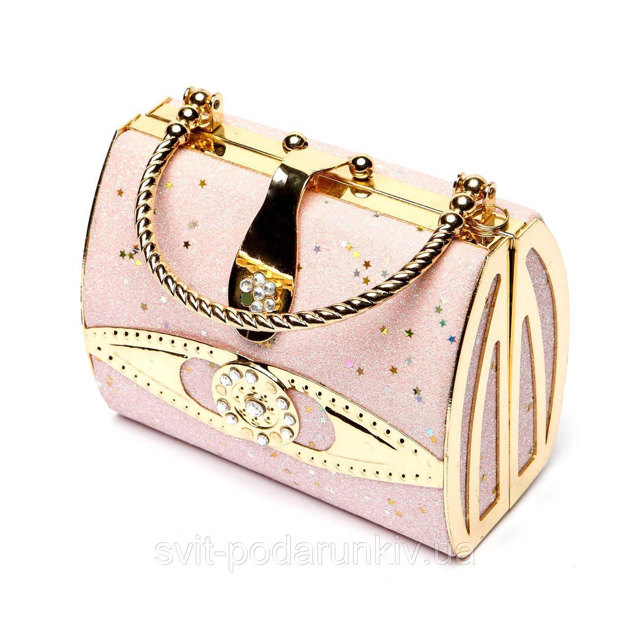 необычная сумка-клатч