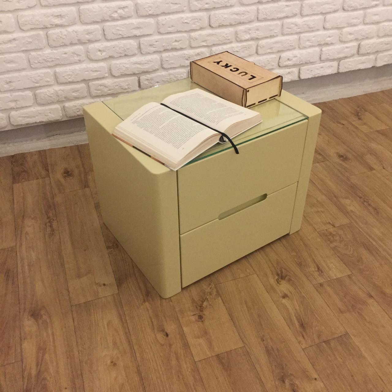 """Дизайнерская тумбочка """"Орео"""" из дерева в спальню (цвет RAL 1014)"""