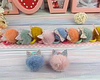 Резинки для волос меховые шарики Ø4 см с ушками в стразах 10 шт/уп.